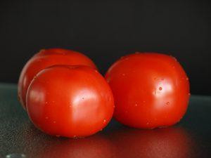tomaten snijden: Hoe een te zachte tomaten of meerdere tomaten tegelijk snijden?