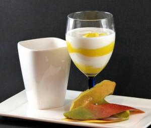 Mijn mangokwark recept is ideaal geschikt indien u wat gewicht wilt verliezen, omdat ik in plaats van suiker steviapoeder gebruik.