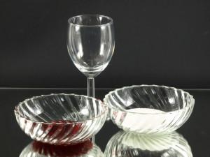 Dit is een decoratieve variant van het gewone suikerrandje. Door de gekleurde suikerrand geeft u uw cocktails en longdrinks een individuele creatieve look.