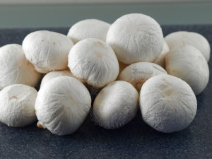 Hoe maak ik een lekkere verse champignonsoep zelf